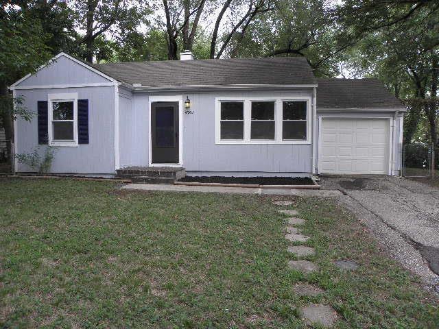 4509 N Campbell Street, Kansas City, MO 64116 (#2125406) :: Edie Waters Network