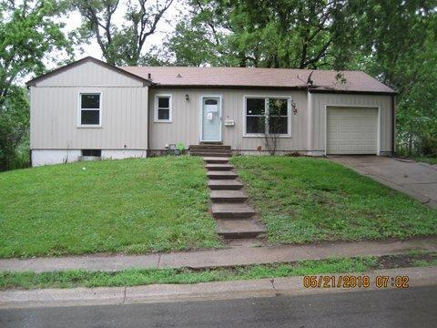 3510 N Spring Street, Independence, MO 64050 (#2125478) :: No Borders Real Estate