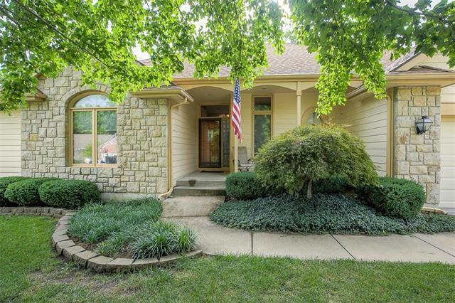 7413 Marion Avenue, Kansas City, MO 64133 (#2125540) :: Edie Waters Network