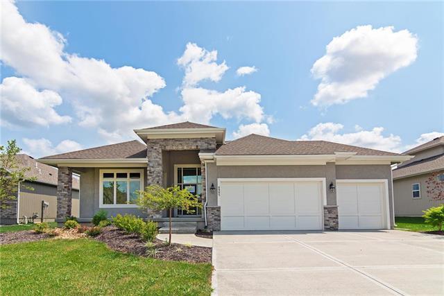 6905 Belmont Drive, Shawnee, KS 66226 (#2125595) :: No Borders Real Estate