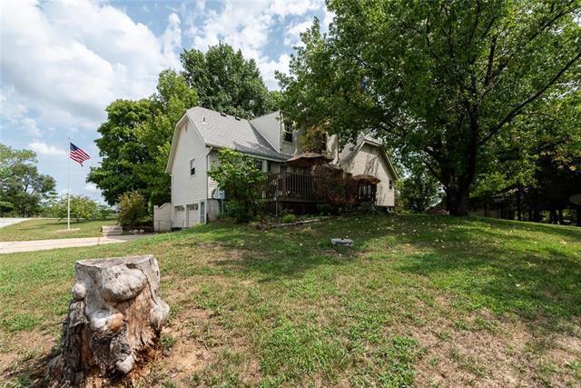 12100 N Home Avenue, Liberty, MO 64068 (#2125614) :: Team Real Estate