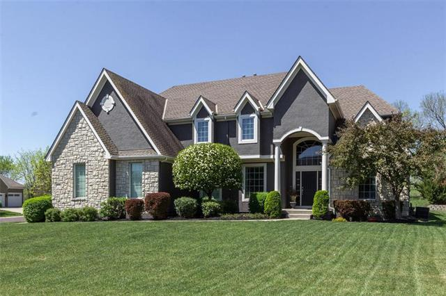 14032 Larsen Street, Overland Park, KS 66221 (#2125666) :: No Borders Real Estate