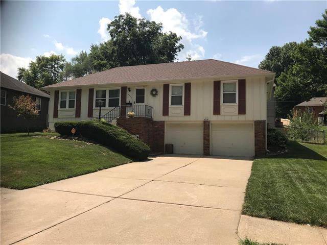 3920 S Milton Drive, Independence, MO 64055 (#2125722) :: Team Real Estate
