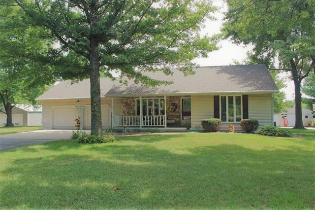 3315 N Perrin Road, Independence, MO 64058 (#2125810) :: Team Real Estate