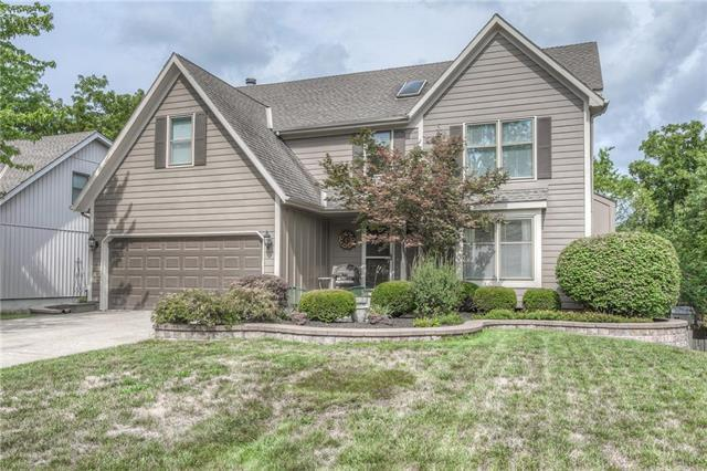 15602 W 81 Street, Lenexa, KS 66219 (#2125814) :: Team Real Estate