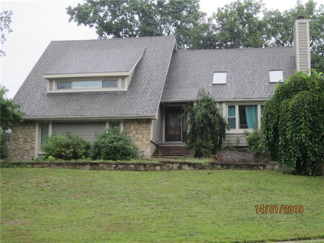 1100 Jackson Drive, Liberty, MO 64068 (#2125855) :: Team Real Estate