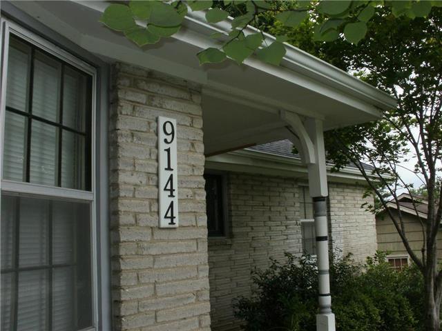9144 Somerset Drive, Overland Park, KS 66207 (#2125857) :: Team Real Estate