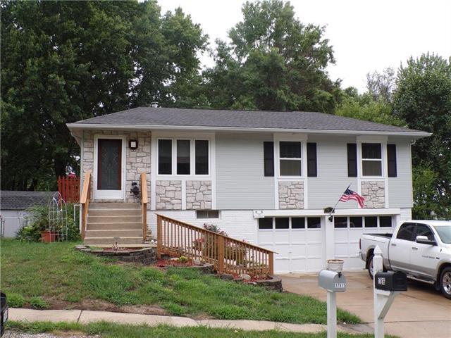 17816 Greentree Ave Avenue, Independence, MO 64057 (#2125911) :: Team Real Estate