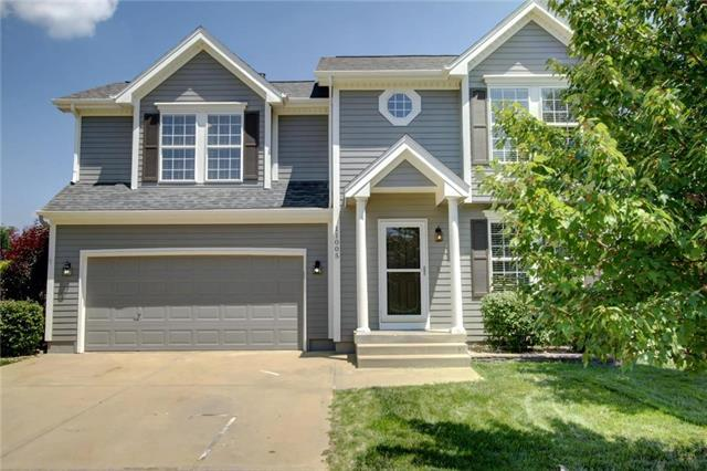 11005 N Central Street, Kansas City, MO 64155 (#2126207) :: Char MacCallum Real Estate Group