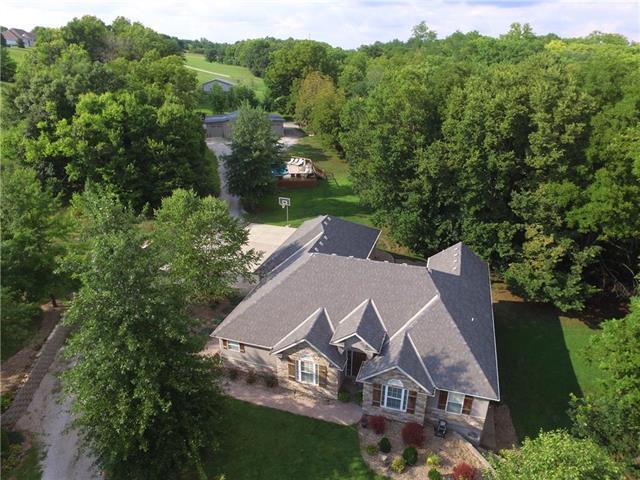 9630 NW Baker Road, Kansas City, MO 64153 (#2126412) :: Kansas City Homes