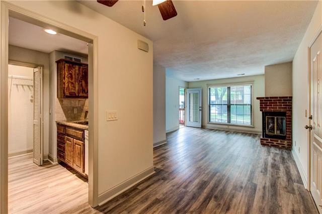 12019 W 58th Place C, Shawnee, KS 66216 (#2126497) :: NestWork Homes