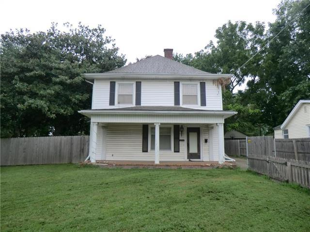 630 S Crysler Avenue, Independence, MO 64052 (#2126653) :: Edie Waters Network