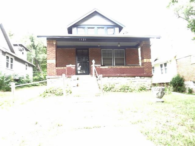 5120 Brooklyn Avenue, Kansas City, MO 64130 (#2126654) :: Edie Waters Network