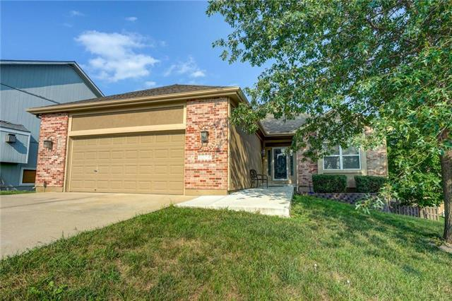 3217 S Seminole Court, Independence, MO 64057 (#2126660) :: Edie Waters Network