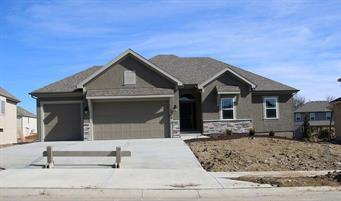9319 N Bell Street, Kansas City, MO 64155 (#2126701) :: Char MacCallum Real Estate Group