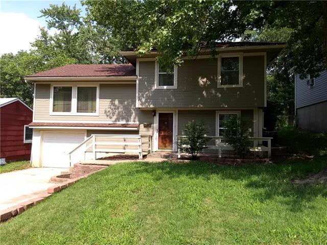 4921 N Sycamore Street, Kansas City, MO 64119 (#2126741) :: Edie Waters Network
