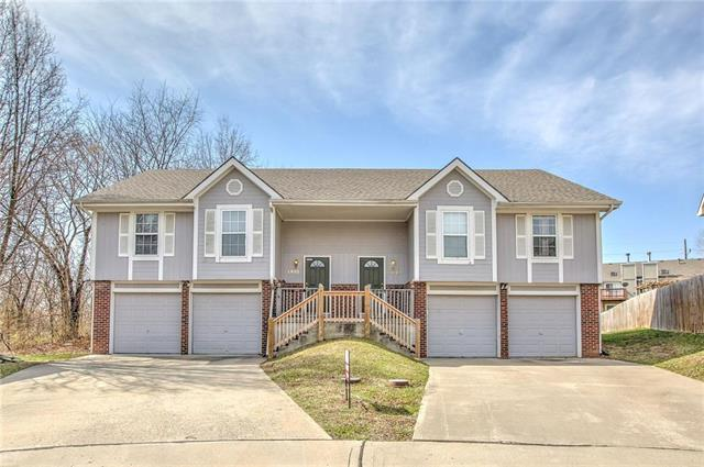 71st Terr Terrace, Kansas City, MO 64151 (#2126885) :: Char MacCallum Real Estate Group