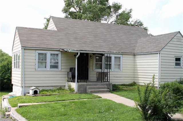 830 N 47th Terrace, Kansas City, KS 66101 (#2127156) :: Edie Waters Network