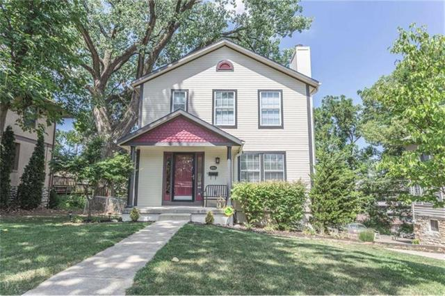 4944 Forest Avenue, Kansas City, MO 64110 (#2127209) :: Edie Waters Network