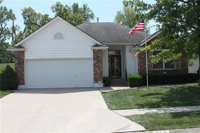 19041 E 19th Terrace Court, Independence, MO 64057 (#2127296) :: Edie Waters Network