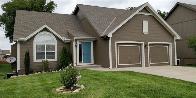 8304 NE 104TH Terrace, Kansas City, MO 64157 (#2127444) :: Edie Waters Network