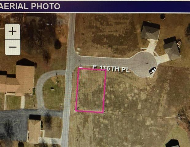 4713 E 136th Place, Grandview, MO 64030 (#2127534) :: No Borders Real Estate