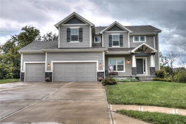12460 N Saratoga Court, Platte City, MO 64079 (#2127574) :: Char MacCallum Real Estate Group