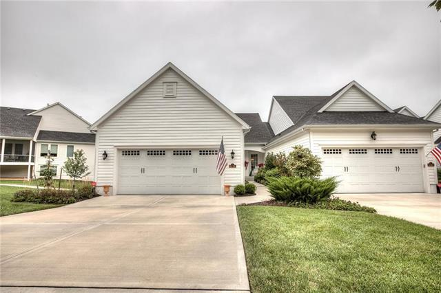 6130 Lime Stone Court, Parkville, MO 64152 (#2127580) :: The Shannon Lyon Group - ReeceNichols
