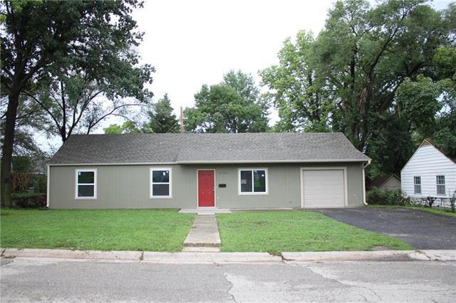 4705 Vista Street, Kansas City, KS 66106 (#2127621) :: The Shannon Lyon Group - ReeceNichols