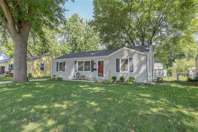 11500 W 70th Terrace, Shawnee, KS 66203 (#2127701) :: Edie Waters Network