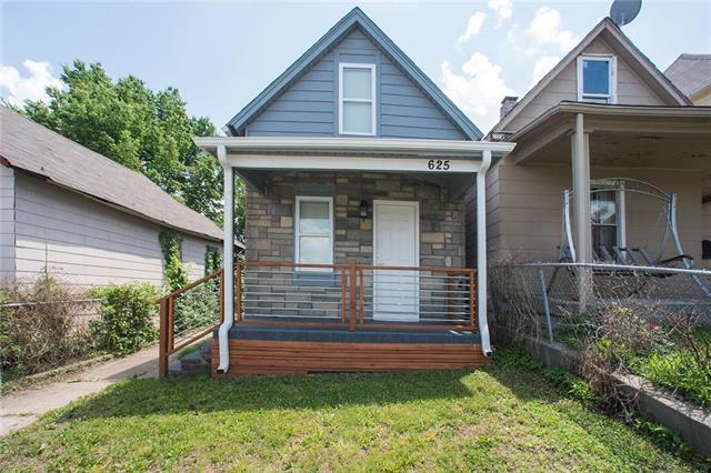 625 Tauromee Avenue, Kansas City, KS 66101 (#2127744) :: Edie Waters Network