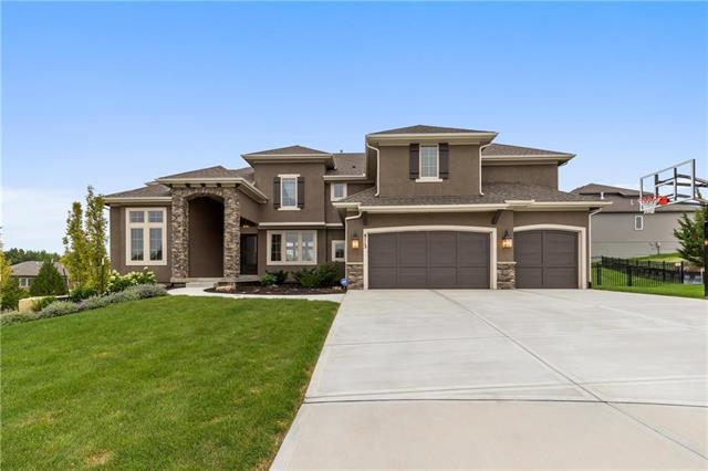 8113 Millridge Street, Lenexa, KS 66220 (#2127748) :: Edie Waters Network