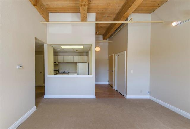 609 Central Street #1205, Kansas City, MO 64105 (#2127752) :: Char MacCallum Real Estate Group