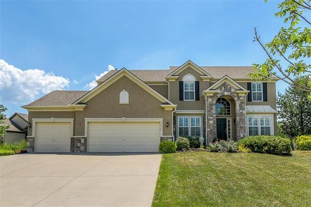 23621 W 93rd Terrace, Lenexa, KS 66227 (#2127789) :: Char MacCallum Real Estate Group