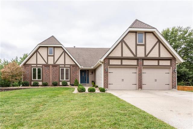 1404 Colony Drive, Kearney, MO 64060 (#2127816) :: Edie Waters Network