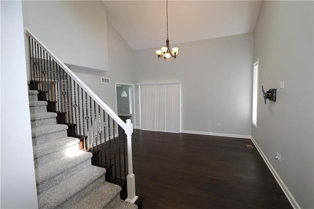 10818 W 115th Street, Overland Park, KS 66210 (#2127829) :: No Borders Real Estate