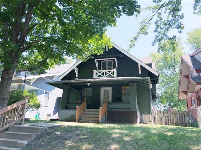 2931 Campbell Street, Kansas City, MO 64109 (#2127869) :: Edie Waters Network