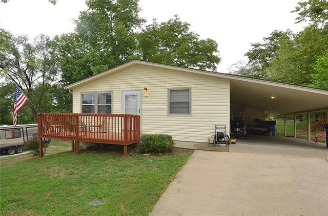 401 Highland Avenue, Smithville, MO 64089 (#2127895) :: Edie Waters Network