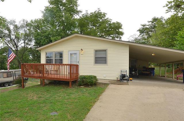 401 Highland Avenue, Smithville, MO 64089 (#2127895) :: Kansas City Homes