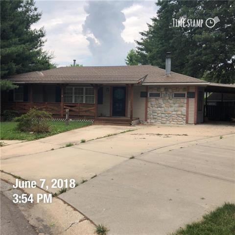 508 Larry Circle, Independence, MO 64050 (#2127926) :: Edie Waters Network