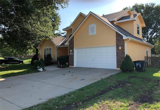 2701 NE Arbor Court, Blue Springs, MO 64014 (#2127973) :: Edie Waters Network