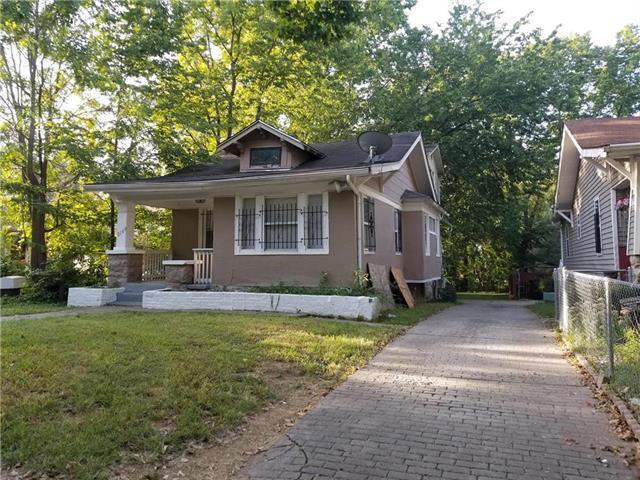 2109 E 58th Street, Kansas City, MO 64130 (#2128057) :: Char MacCallum Real Estate Group