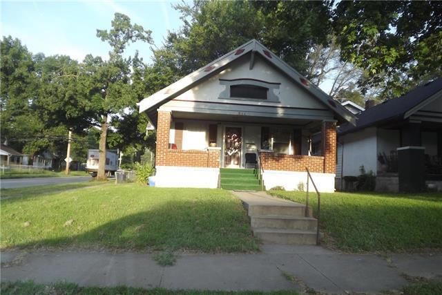 5844 Park Avenue, Kansas City, MO 64130 (#2128093) :: Edie Waters Network