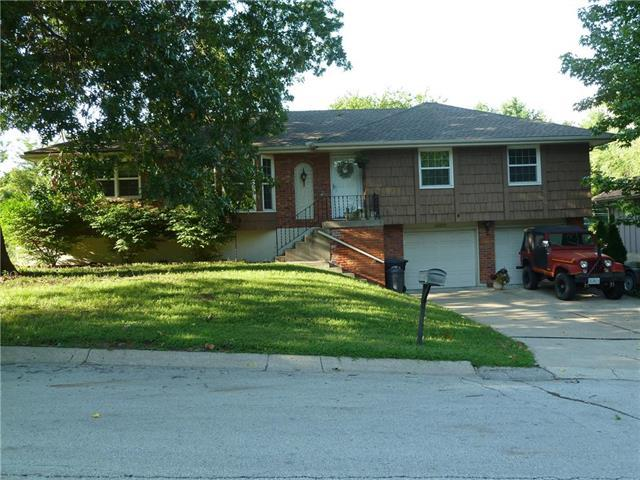 16820 E 29th St S N/A, Independence, MO 64055 (#2128149) :: Edie Waters Network