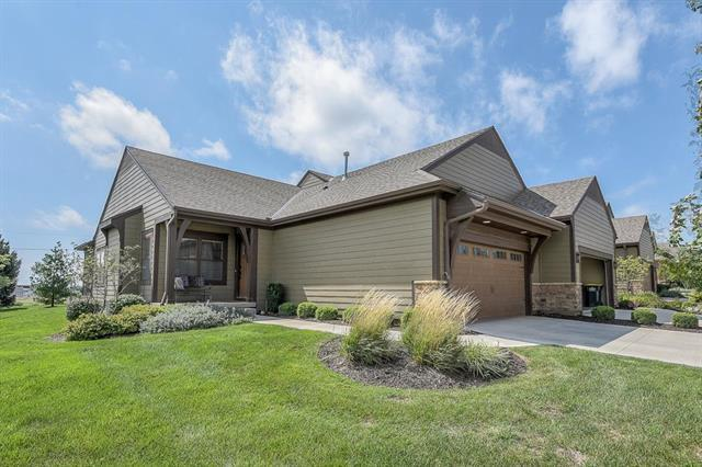 7803 W 158th Place, Overland Park, KS 66223 (#2128222) :: No Borders Real Estate