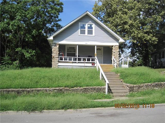 4318 Garfield Avenue, Kansas City, MO 64130 (#2128380) :: House of Couse Group
