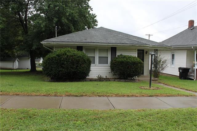 513 W South Avenue, Independence, MO 64050 (#2128430) :: Edie Waters Network