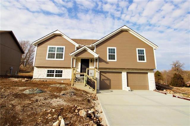 902 S Westover Road, Belton, MO 64012 (#2128523) :: House of Couse Group