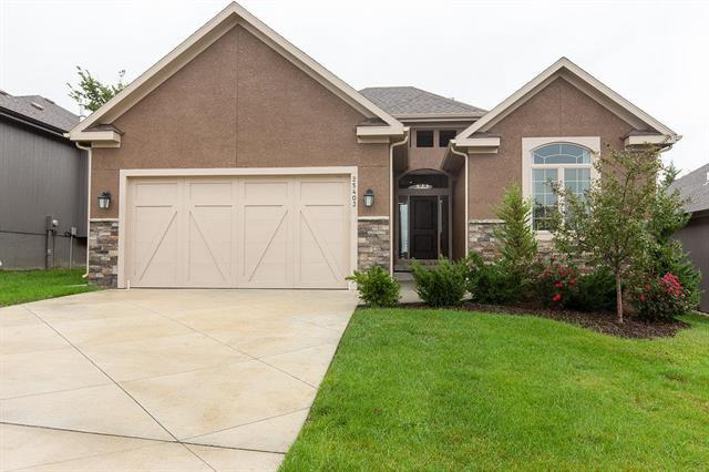 25403 W 98TH Place, Lenexa, KS 66227 (#2128754) :: Edie Waters Network