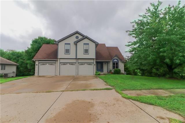 501 Amesbury Drive, Smithville, MO 64089 (#2128791) :: Kansas City Homes
